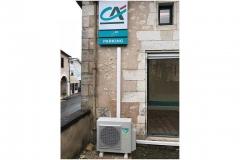 Unité extérieure de la climatisation du Crédit Agricole à Saint-Astier